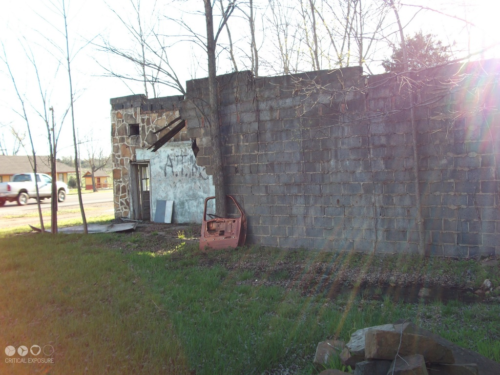 Wall School District : Gallery critical exposure